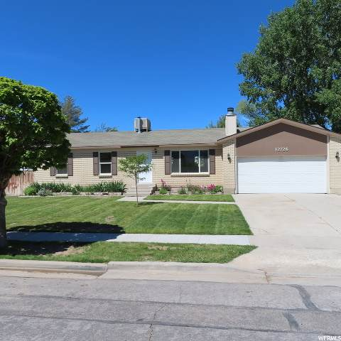 12726 S Gilbert Dr W, Riverton, UT 84065 (MLS #1676842) :: Lookout Real Estate Group