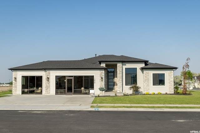 1039 N 1275 W, Farr West, UT 84404 (#1676918) :: Colemere Realty Associates