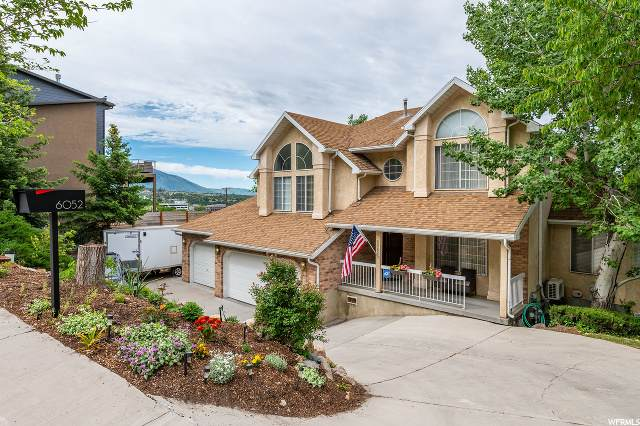 6052 S Heughs Canyon Ct, Holladay, UT 84121 (#1676984) :: Red Sign Team