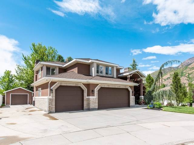 3229 E Vista Grande Cir, Salt Lake City, UT 84121 (#1677025) :: goBE Realty