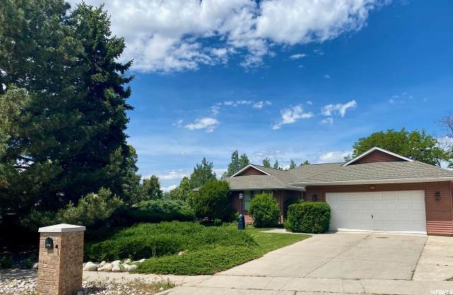 7740 S Silver Lake Dr, Cottonwood Heights, UT 84121 (#1677032) :: goBE Realty