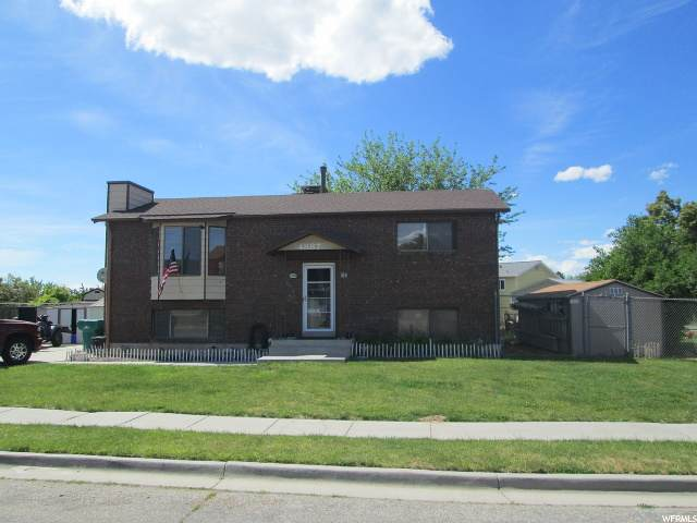 4887 S 3700 W, Roy, UT 84067 (#1677056) :: Doxey Real Estate Group