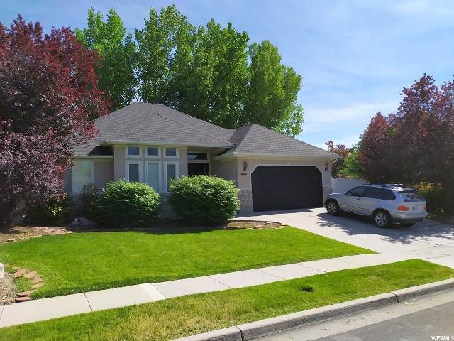 944 E Edgefield Rd S, Sandy, UT 84094 (MLS #1677089) :: Lookout Real Estate Group