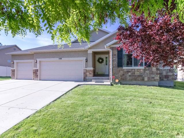 7126 W Hunter Dawn Way, West Valley City, UT 84128 (#1677497) :: Bustos Real Estate | Keller Williams Utah Realtors