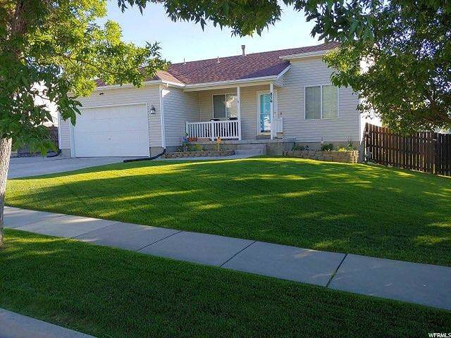 856 Valley View Dr, Tooele, UT 84074 (#1677576) :: Gurr Real Estate