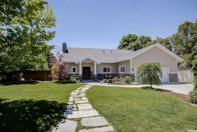 2590 E Lincoln Ln, Holladay, UT 84124 (#1677658) :: REALTY ONE GROUP ARETE