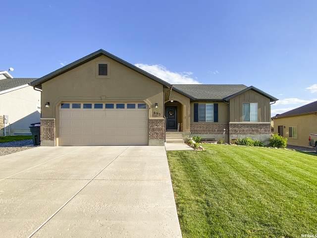 693 Stone Brook Cir, Santaquin, UT 84655 (#1677795) :: Bustos Real Estate | Keller Williams Utah Realtors