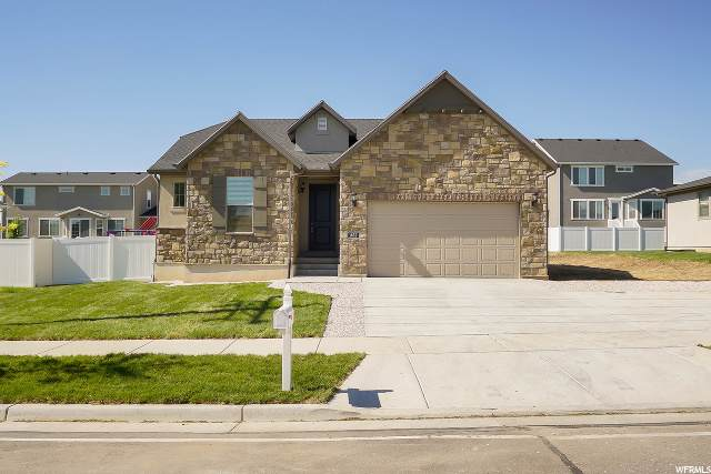 1462 W 700 S, Syracuse, UT 84075 (#1677902) :: RE/MAX Equity
