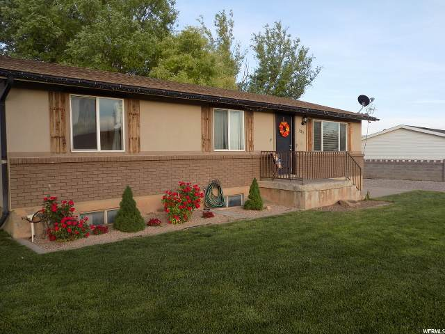 330 N 400 W, Aurora, UT 84620 (#1678248) :: Big Key Real Estate