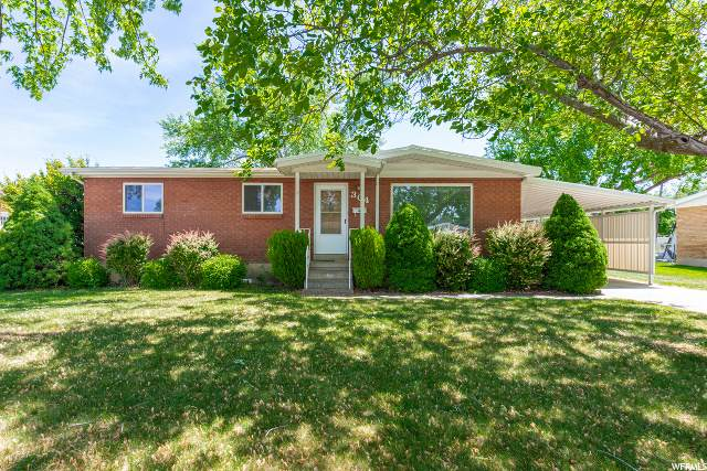 304 N Aircraft Ave E, Layton, UT 84041 (#1678284) :: Exit Realty Success