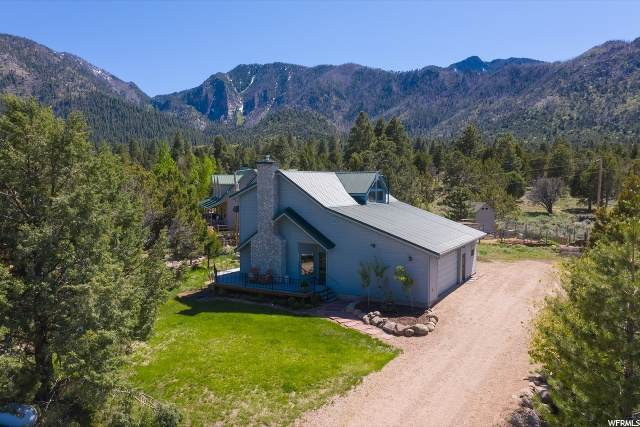 844 E Cedar Berry Ln, Pine Valley, UT 84781 (#1678324) :: Doxey Real Estate Group