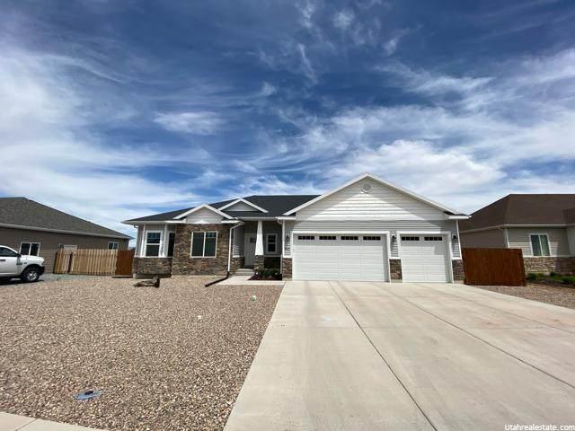 843 S 250 W, Vernal, UT 84078 (#1678424) :: Big Key Real Estate