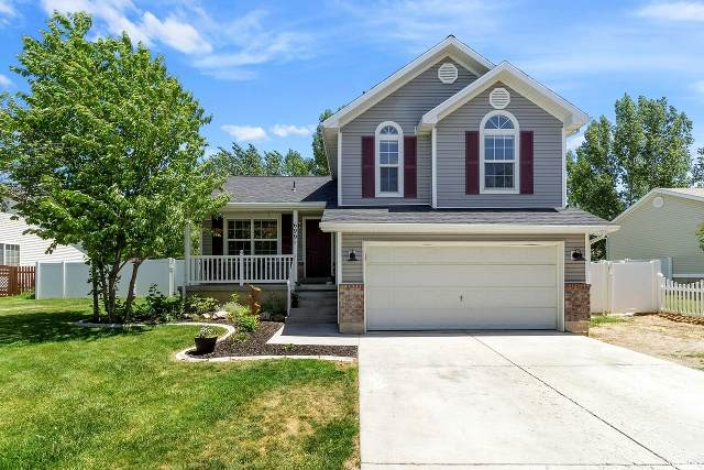 699 Country Club Dr, Tooele, UT 84074 (#1678526) :: Big Key Real Estate