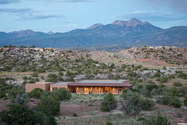 15 W Blue Mountain Ct, Moab, UT 84532 (#1678728) :: Gurr Real Estate