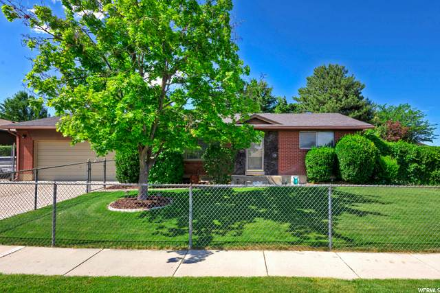 2356 W Broderick Dr S, Taylorsville, UT 84129 (#1679153) :: Doxey Real Estate Group