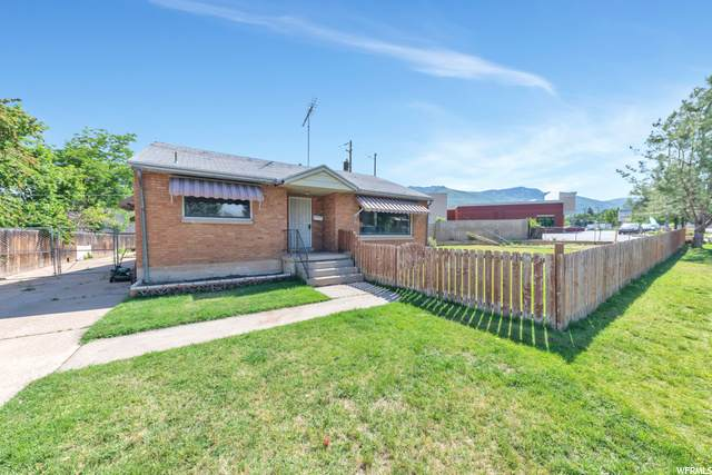 314 E Chimes Dr, Ogden, UT 84405 (#1679160) :: The Fields Team
