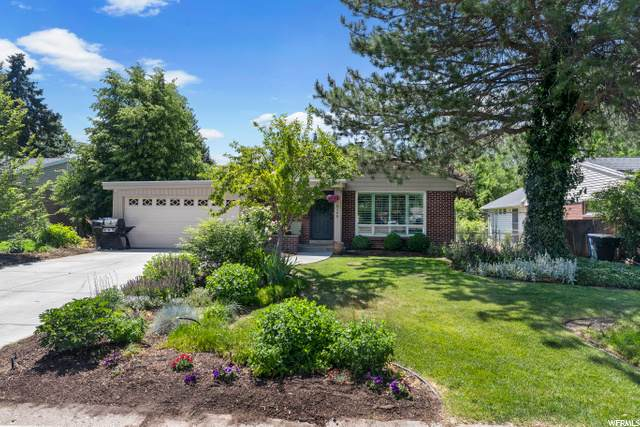 5168 Moor Mont Dr, Holladay, UT 84117 (#1679233) :: goBE Realty