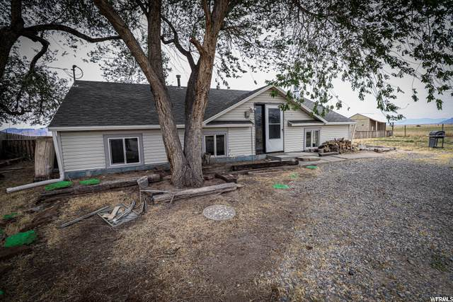 5526 Higley Ln, Grantsville, UT 84029 (#1679352) :: Big Key Real Estate