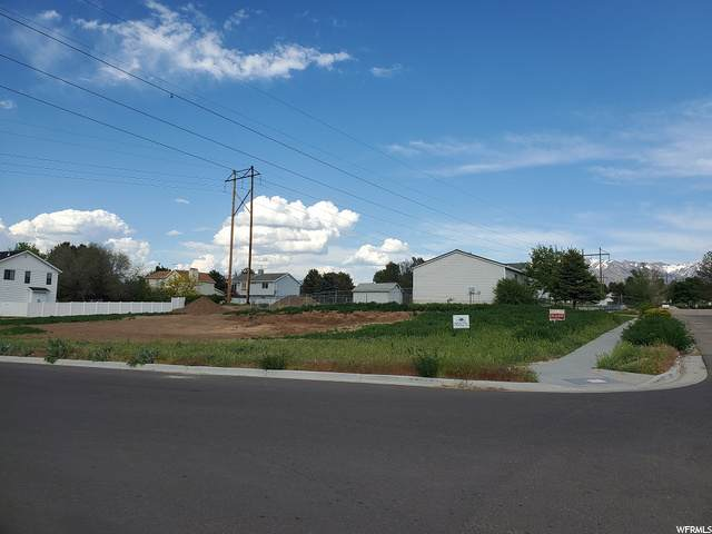 4586 S 2950 W, Roy, UT 84067 (#1679538) :: Doxey Real Estate Group