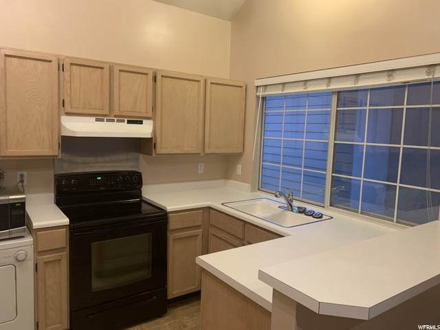 1344 W Ocean Ct S, Taylorsville, UT 84123 (MLS #1679615) :: Lookout Real Estate Group