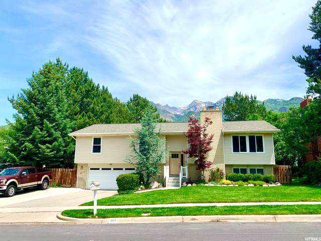 8817 S Oak Valley Dr E, Sandy, UT 84093 (#1680500) :: The Perry Group