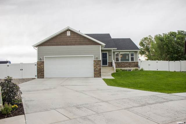 866 W 400 S, Tremonton, UT 84337 (#1681682) :: The Perry Group