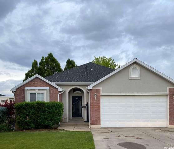 541 W 2275 N, Layton, UT 84041 (#1682220) :: Bustos Real Estate   Keller Williams Utah Realtors
