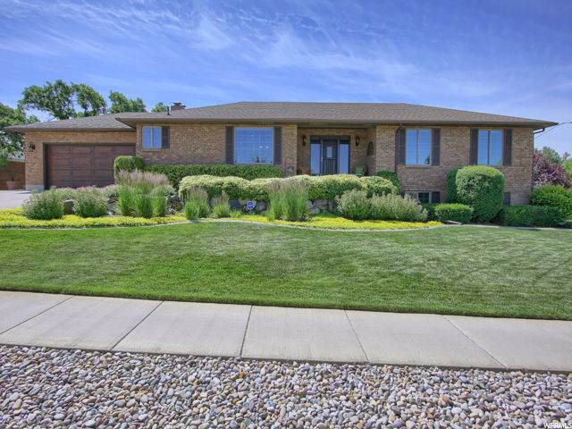 865 Edgewood Dr, South Ogden, UT 84403 (#1682376) :: Exit Realty Success