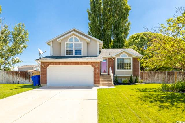 1566 W 100 S, West Point, UT 84015 (#1682954) :: Doxey Real Estate Group