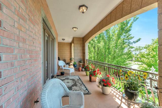 2655 N 140 E #206, Provo, UT 84604 (#1683154) :: Doxey Real Estate Group