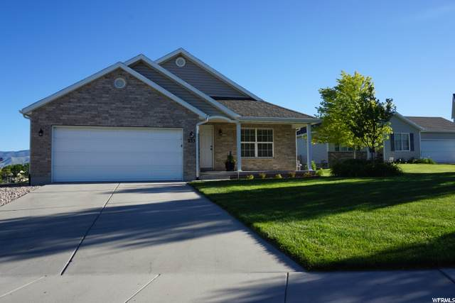 233 W Apple Ave, Saratoga Springs, UT 84045 (#1683836) :: Red Sign Team