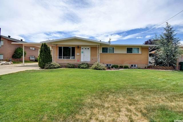 4373 S 2150 W, Roy, UT 84067 (#1684090) :: Big Key Real Estate