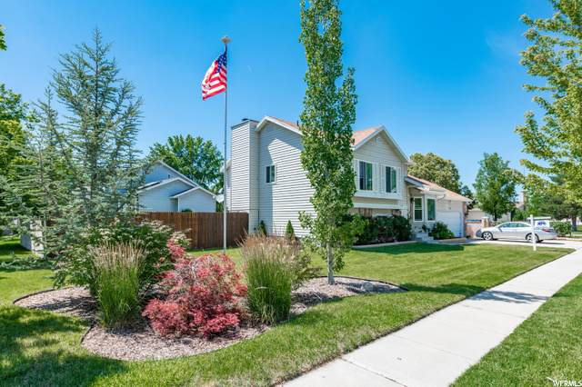 9868 S Flint Dr E, Sandy, UT 84094 (#1684150) :: Bustos Real Estate | Keller Williams Utah Realtors
