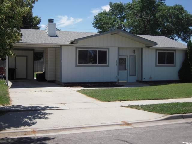 2105 W Carefree Dr S, Taylorsville, UT 84129 (#1684542) :: Exit Realty Success