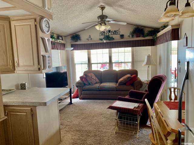 1225 N Dixie Downs Rd, Washington, UT 84780 (#1684584) :: Powder Mountain Realty