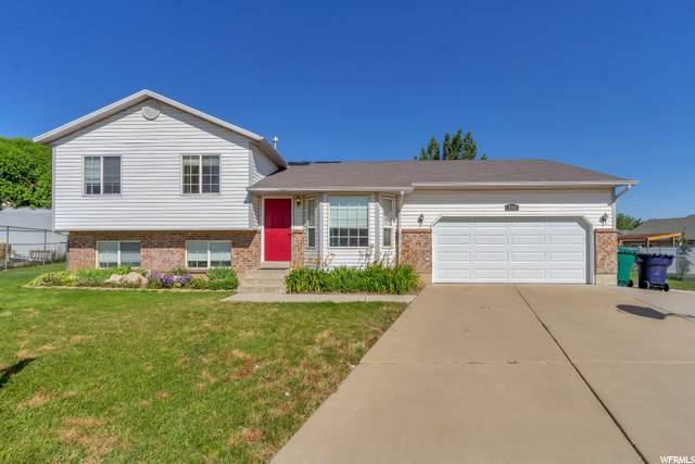 332 W 75 N, Clearfield, UT 84015 (#1684780) :: Doxey Real Estate Group