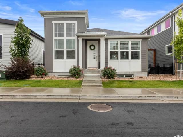 1055 W Kanarra Creek Ln W, Bluffdale, UT 84065 (#1684790) :: Doxey Real Estate Group