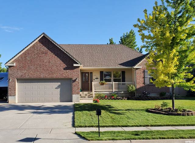 2953 W 1950 N, Clearfield, UT 84015 (#1685367) :: Doxey Real Estate Group