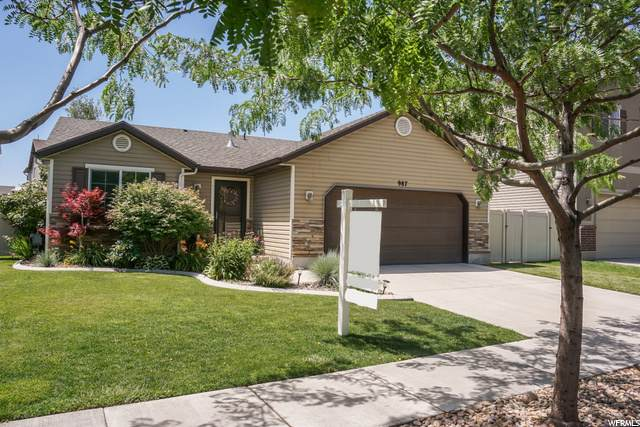 987 Berkshire Dr, North Salt Lake, UT 84054 (#1685428) :: Doxey Real Estate Group