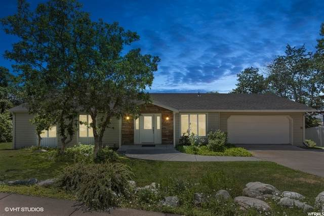 1146 E Northern Hills Dr N, Bountiful, UT 84010 (#1686062) :: Colemere Realty Associates