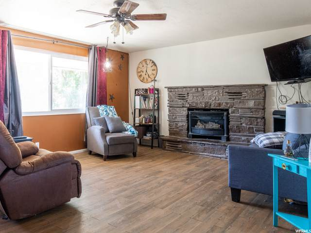 22 E 500 N, Santaquin, UT 84655 (MLS #1686069) :: Lawson Real Estate Team - Engel & Völkers