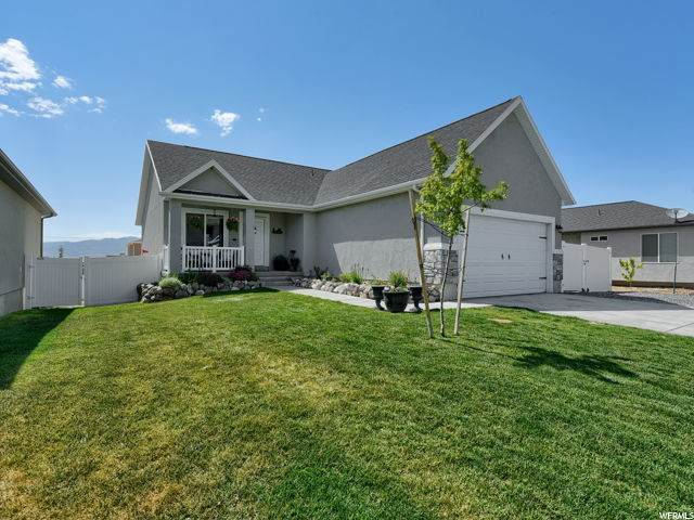 4221 N Lake Mountain Rd, Eagle Mountain, UT 84005 (#1686217) :: goBE Realty
