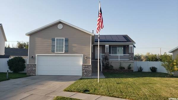 741 S 3900 W, Syracuse, UT 84075 (#1686472) :: Doxey Real Estate Group