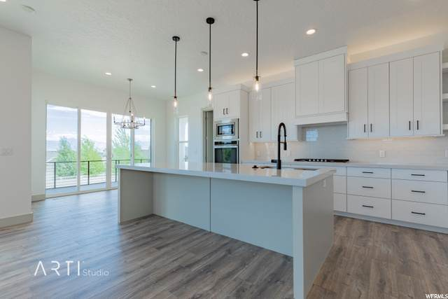 14017 S Smkoky Oaks Ln W #9, Herriman, UT 84096 (#1686634) :: The Fields Team