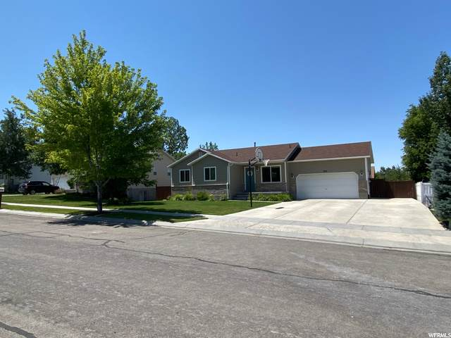 925 N 1430 E, Tooele, UT 84074 (#1686746) :: Red Sign Team