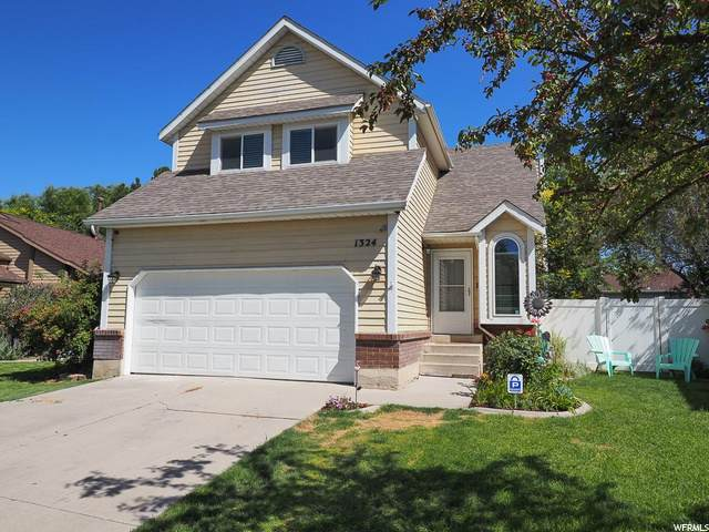1324 Countrywood Ln, West Jordan, UT 84088 (#1686913) :: Gurr Real Estate