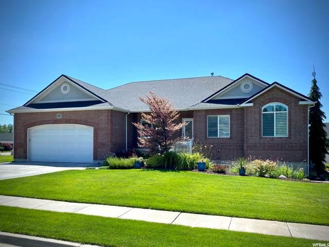 1807 N 1725 W, Farr West, UT 84404 (#1688069) :: Big Key Real Estate