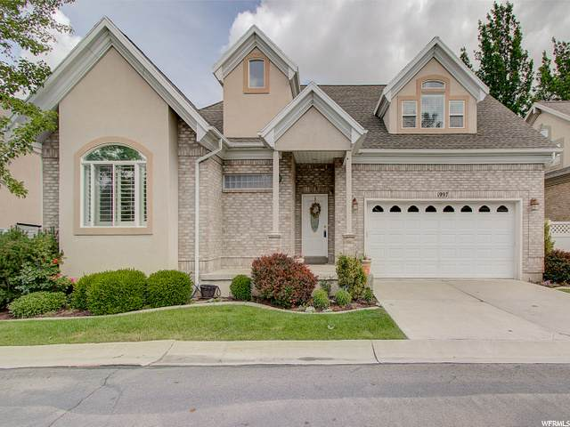 1997 E Diamond Hills Ln, Holladay, UT 84121 (#1688462) :: Colemere Realty Associates