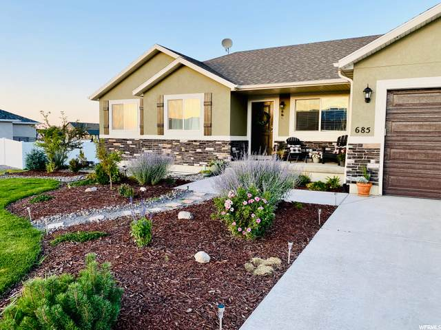685 S Saddle Rd, Grantsville, UT 84029 (#1688723) :: Doxey Real Estate Group