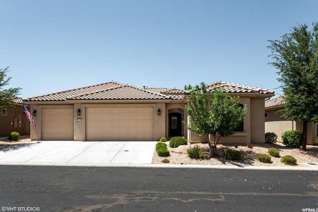 1450 W Songbird Dr, St. George, UT 84790 (#1688872) :: goBE Realty